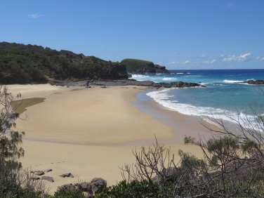 Secluded beach, Nth of Smoky Cape