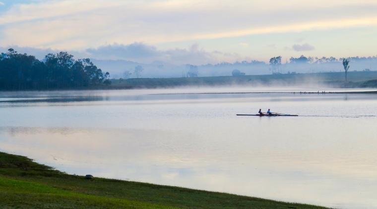 Misty morning on the lake